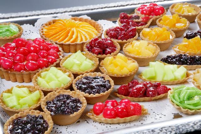Овсяные пироги с фруктами