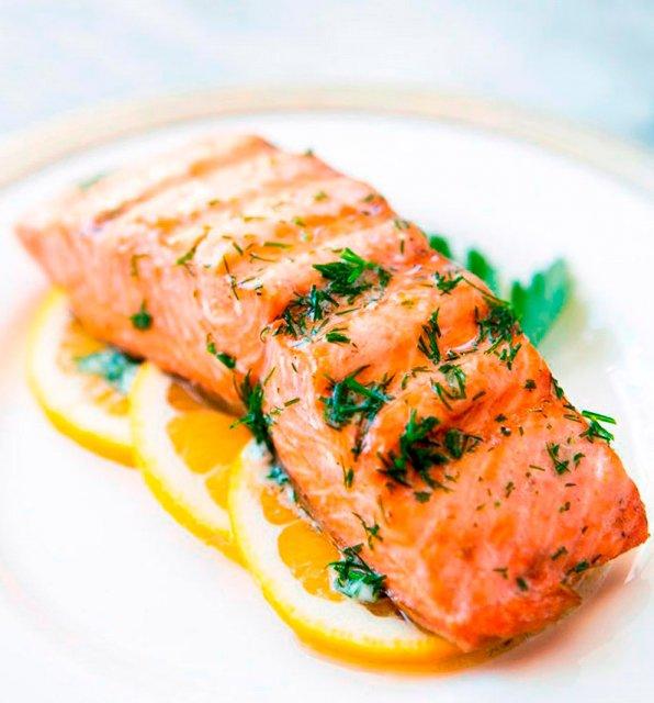 Ароматный и сочный лосось для романтического ужина