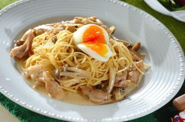 Спагетти со сливочно - куриным соусом. Рецепт приготовления