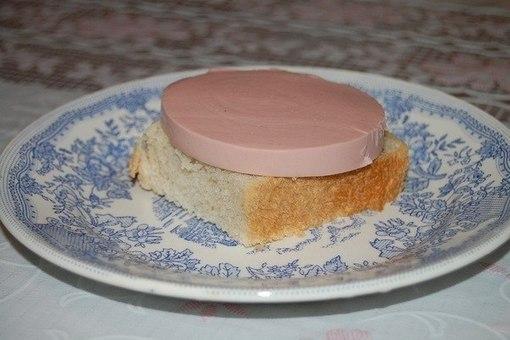 Бутерброд с колбасой всего за 1 минуту. Рецепт приготовления