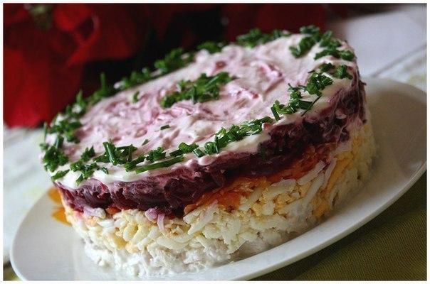 Вкусные слоеные салаты с мясом рецепты с