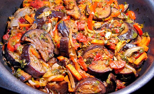 Рецепт приготовления Аджапсандал с баклажанами