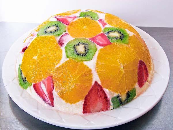 Рецепт 3: Торт без выпечки с фруктами